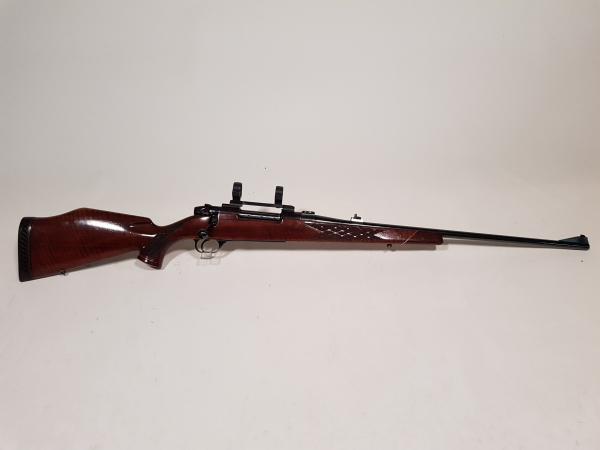 Weatherby Mark V caliber .300 weatherby-magnum